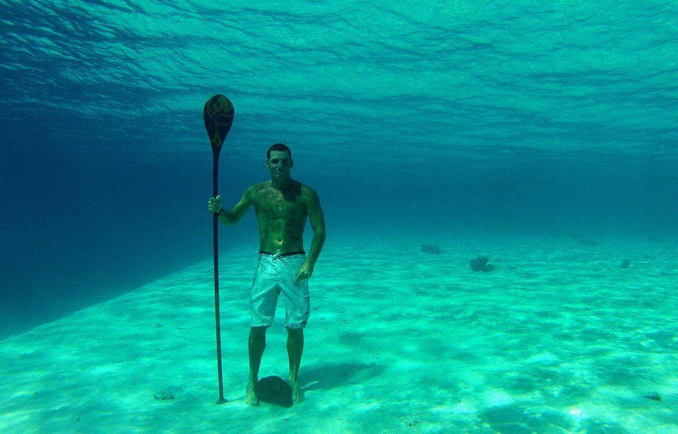 Unterwasser SUP neuer Stand Up Paddle Kurs in Basel